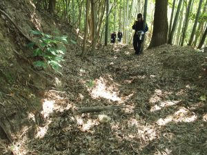 Ota_Stephany-and-some-other-students-as-we-checked-some-motion-sensing-cameras-for-photos-of-wild-boars-on-Nasakejima-Island-300x225